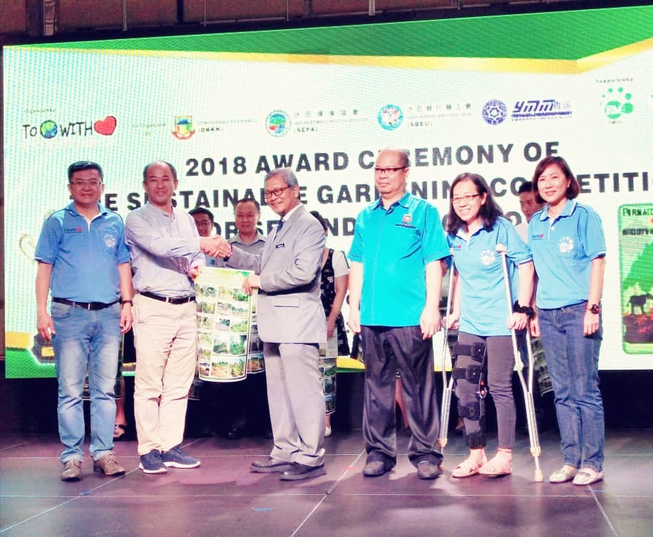 Organizers, NGO To Earth With Love and EMRO Malaysia