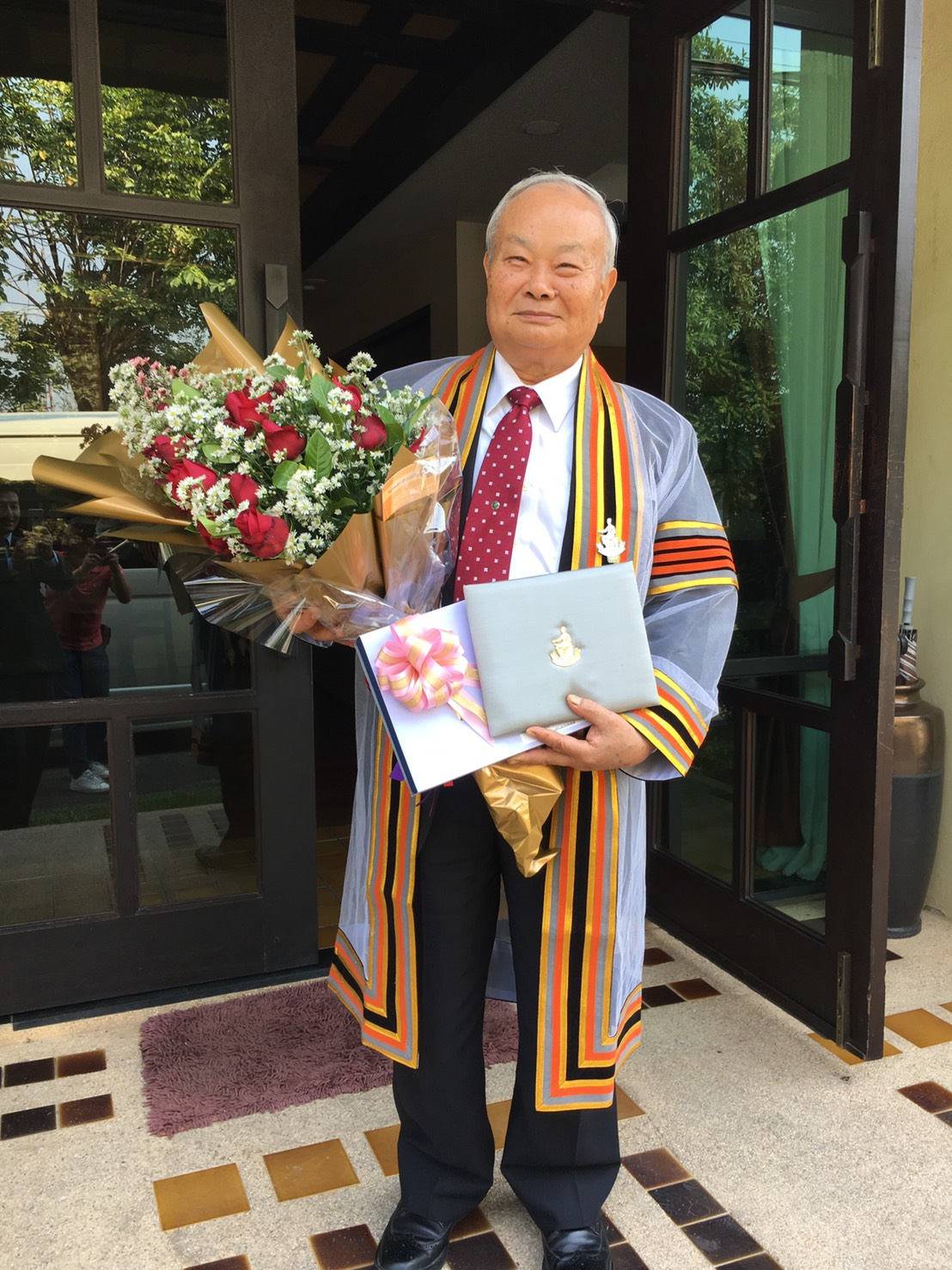 Prof. Higa Honored with Honorary Doctoral Degree in Thailand